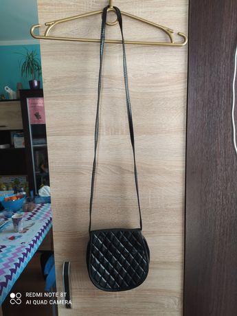 Mała czarna torebka 1+ druga torebka za pół ceny