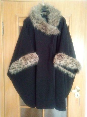 Sprzedam czarne ponczo płaszcz