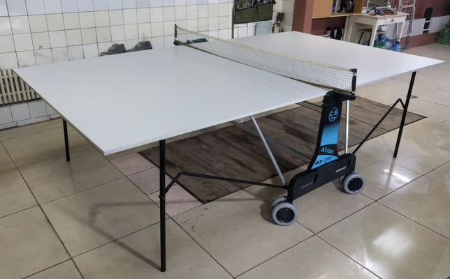 Теннисный стол раскладной Atlas на колёсах