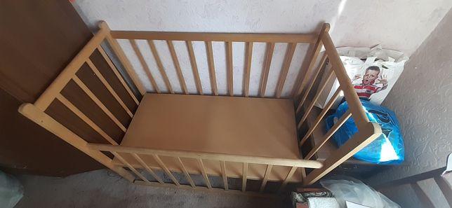 Детский манеж. Кровать