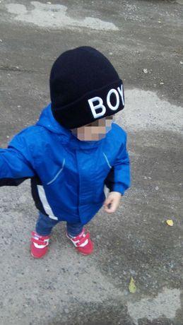 Дитяча шапка,  з відворотом, напис ВОY, 0-3р