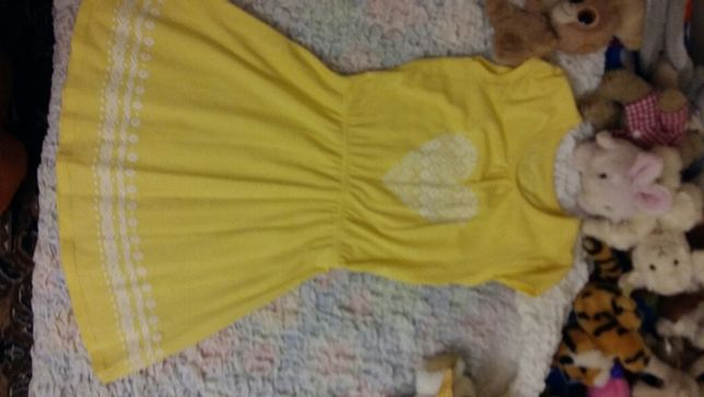 Сорочка, плаття для дівчинки