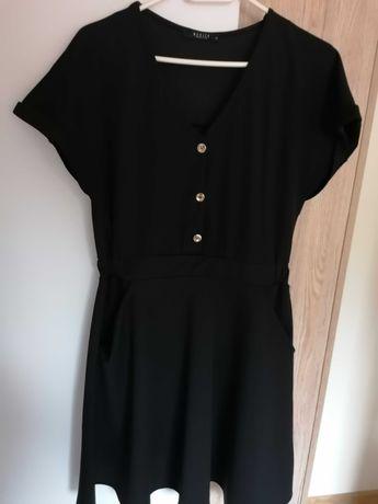 Czarna sukienka Mohito r 38