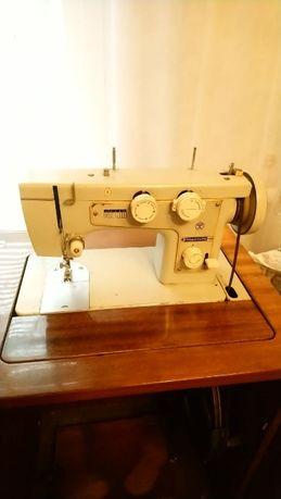 Швейная машинка машина
