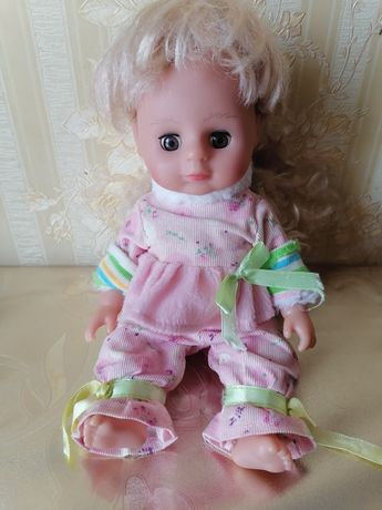 Симпатичная куколка