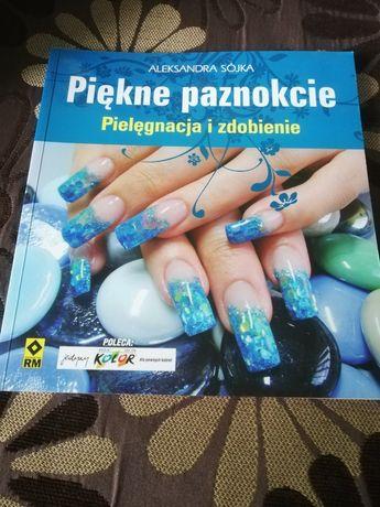 Książka Piękne paznokcie. Pielpęgnacja i zdobienie.