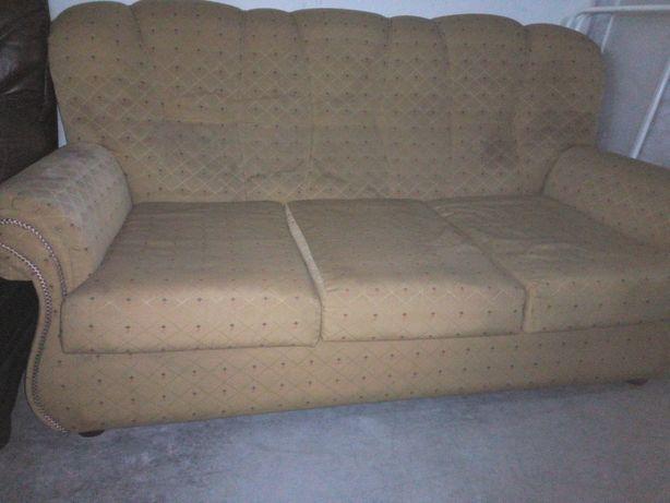Sofá 3 lugares com cama