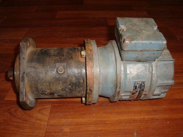 Ел. двигун редуктор 7 об/хв 120 ват- ел двигатель редуктор