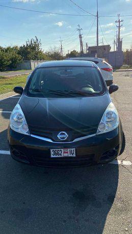 Nissan Note 2012 ( Автомат )