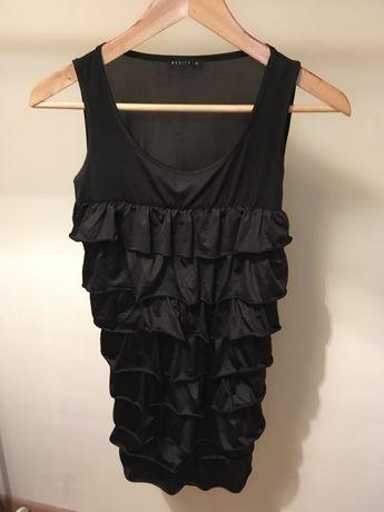 Mała czarna sukienka XS z falbankami MOHITO