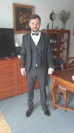 Ślubny garnitur wyjątkowy