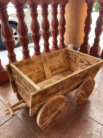 wóz pełny drewniany