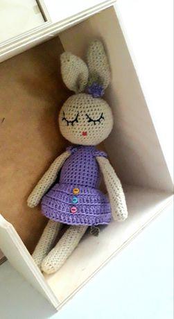 Maskotka ręcznie wykonana na szydełku, króliczek 38-40 cm
