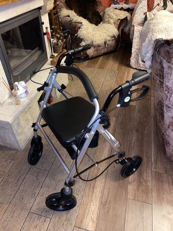 Wózek dla osoby po rehabilitacji / chodzik z siedziskiem/