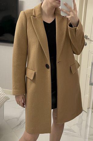 Женское пальто Zara (как новое)