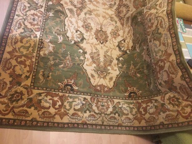 sprredam dywan welniany 3x2 m polski uzywany po praniu