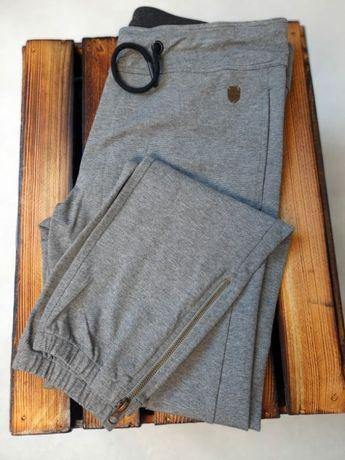 AERONAUTICA MILITARE spodnie szare XL za 345 zamiast 508 zł