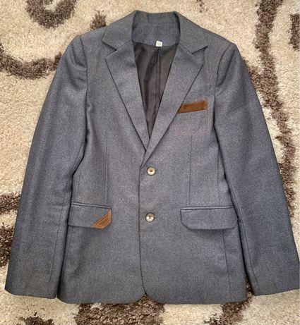 Пиджак на мальчика, рост 164