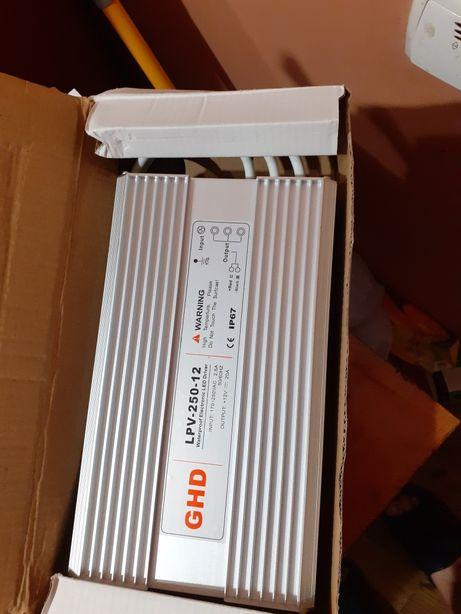 Блок питания 250w 12B герметичный