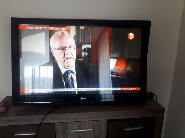 Телевізор 42 в гарному стані