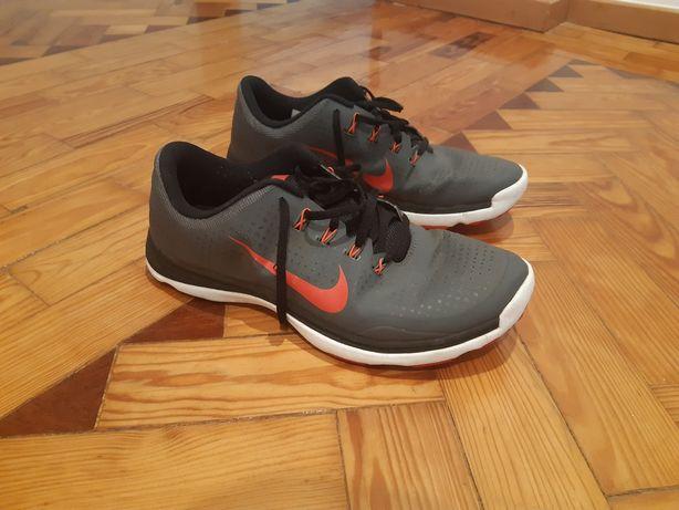 Sapatos sapatilhas golfe Nike 44
