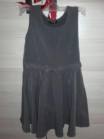 Elegancka grafitowa galowa sukienka George z kukardką 4-5 lat
