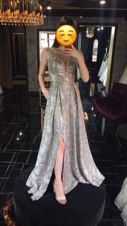 Випускне плаття / вечірнє плаття