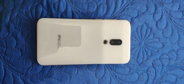 Meizu 16th рабочий полностью.но экран не работает!