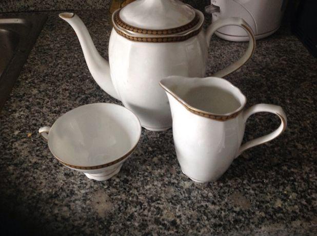 Conjunto de chá porcelana de Coimbra