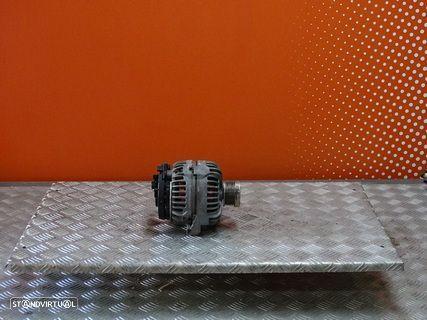 Alternador VOLVO V70 2.4D de 2003 Ref: Bosch 0124525060