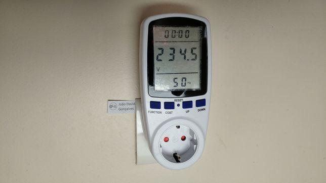 Medidor contador de energia, electricidade, luz, eletricidade, consumo
