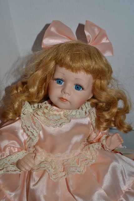 Кукла коллекционная от Leonardo