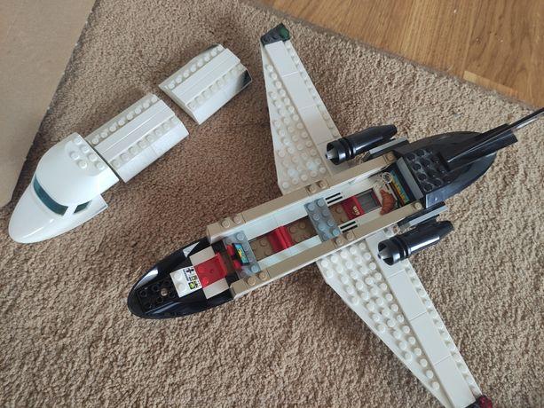 Samolot dla VIP 60102 LEGO CITY