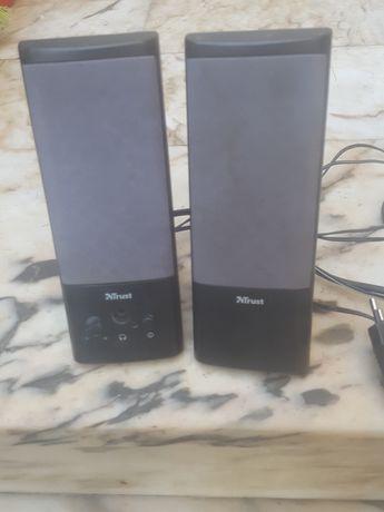 Par de  colunas  para  computador  ou TV