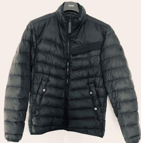 G-STAR - stylowa kurtka wiosenna (cena w sklepie: 929,- zł)