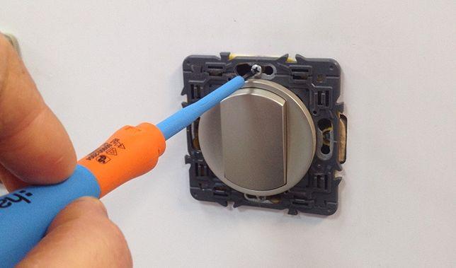 Електрик, заміна розетки, встановлення виключателя, дрібний ремонт
