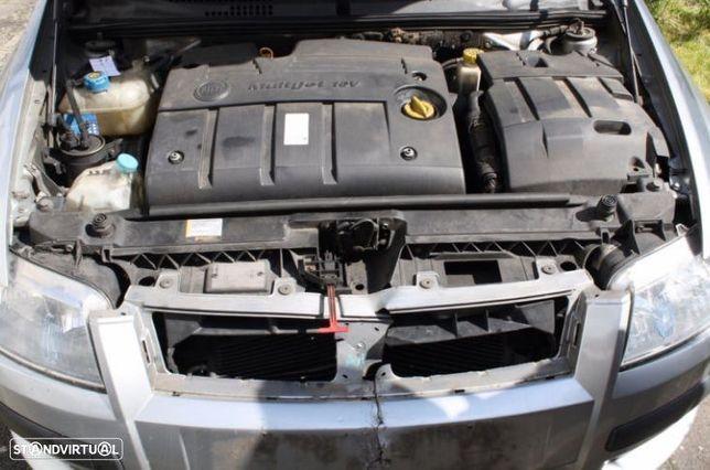 Motor Fiat Bravo Stilo 1.9Jtdm 150cv 937A5000 939A2000 Caixa de Velocidades Arranque Alternador