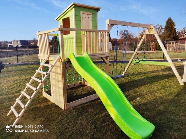 Drewniany plac zabaw domek dla dzieci