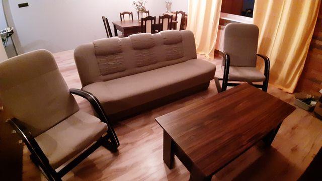 Kanapa fotele i stolik