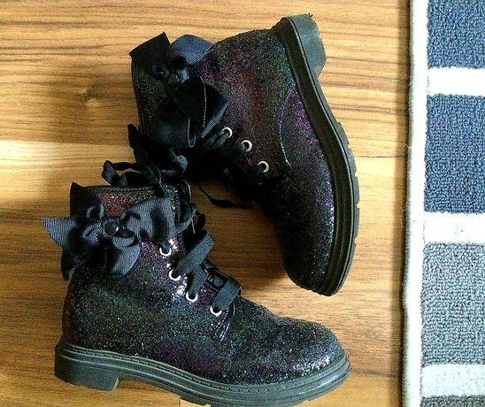 Ботинки чёрные мерцающие в блёстках