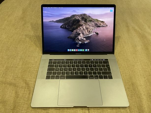 Macbook Pro 15 2019 i7 256GB