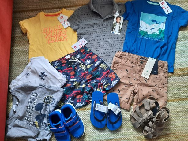 Lote roupa e calçado Verão menino NOVO 4-5 anos