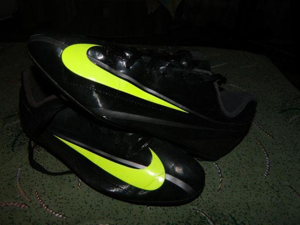 Копочки (бутсы) Nike (оригинал) размер-38,5 стелька- 24см