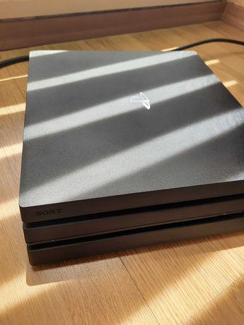 Sony PlayStation 4 PRO PS4 CUH-7216B