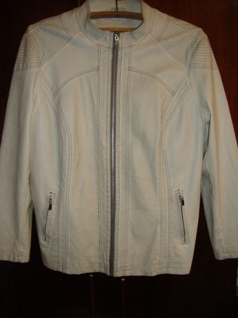 Женская курточка Р50-52