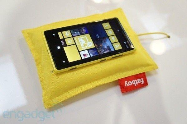 Bezprzewodowa Ładowarka uniwersalna  Nokia wireless charging pillow