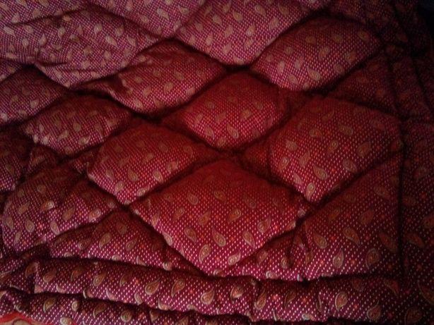 прдам одеяло пуховое состояние отличное