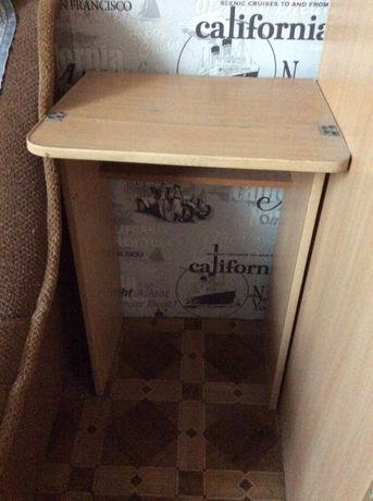 Стол столик тумбочка письменный