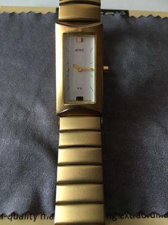Продам женские кварцевые часы ADEC