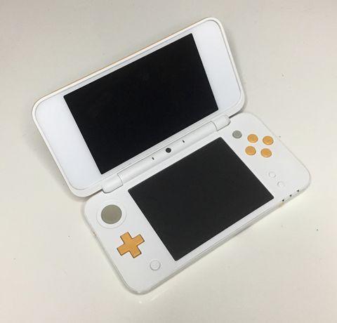 Nintendo 2DS XL Branca e Laranja como nova